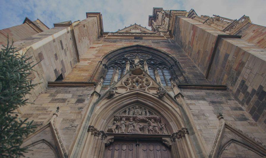 Should Pastors Know Who Tithes Image