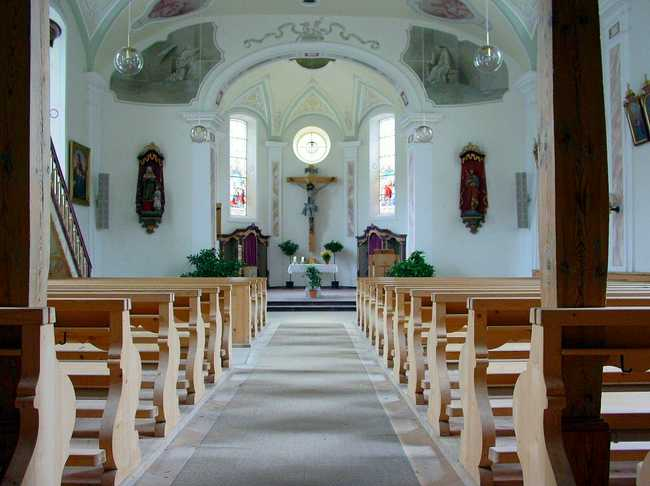 What to do when your church is not growing blog - Empty Church